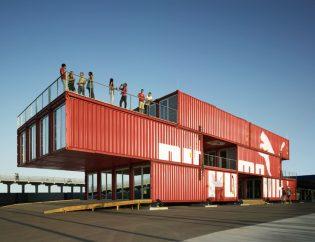 Negocios hechos con contenedores marítimos