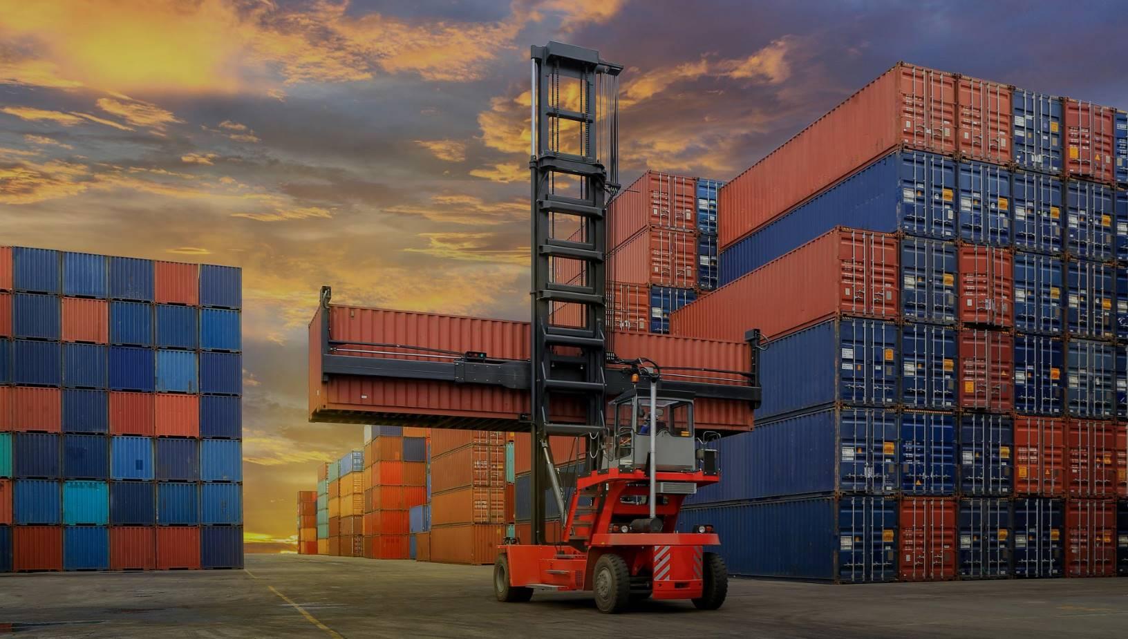 Fabricantes de contenedores marítimos e industriales