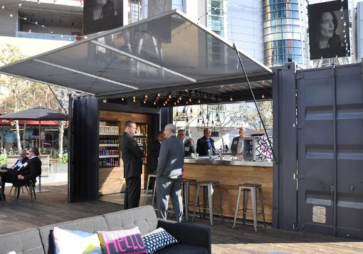 ideas-para-contenedores-transformados-Marriott-Shipping-Container-Bar-510x400